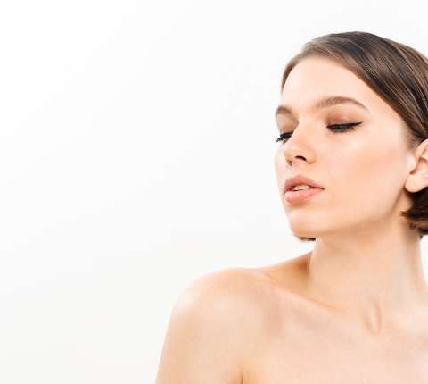 How To Get a Sculpted Jawline Without Any Scalpel!